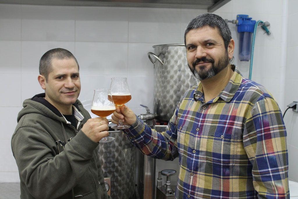 Cerveza malagueña artesanal: La Ola
