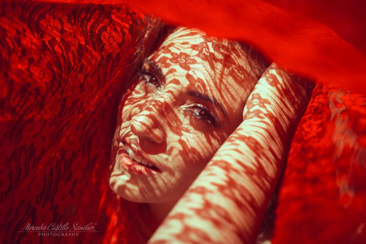 Jugando con la luz de la fotógrafa Mercedes Castillo
